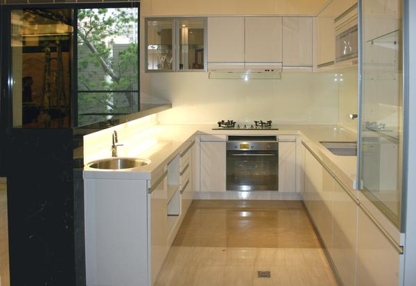 新屋廚具-ㄇ型002.jpg