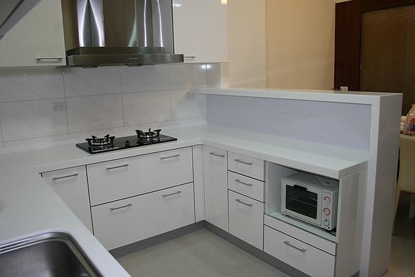 新屋廚具-吧台005.jpg