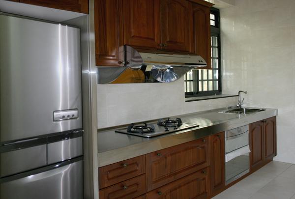 新屋廚具-一字型003.jpg