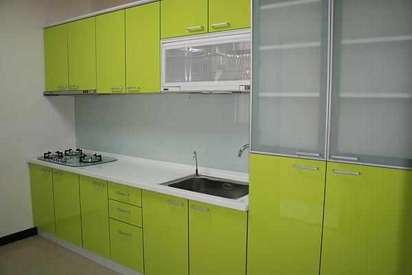 新屋廚具-一字型016.jpg