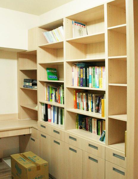 新屋系統書櫃書桌015.jpg