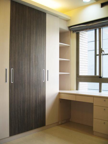 新屋系統書櫃書桌007.JPG
