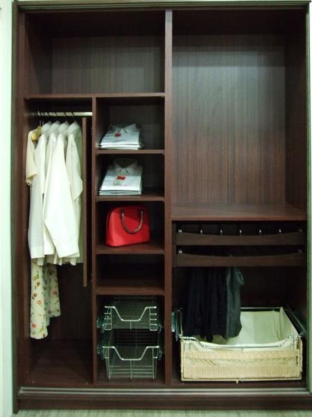 新屋系統衣櫃035.JPG