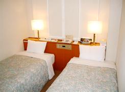 room_lt.jpg