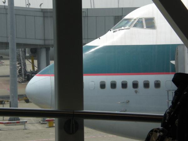 這就是接下來要待上十幾個小時的國泰班機。