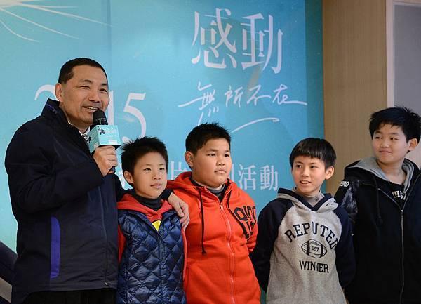 侯友宜副市長與大成國小學生