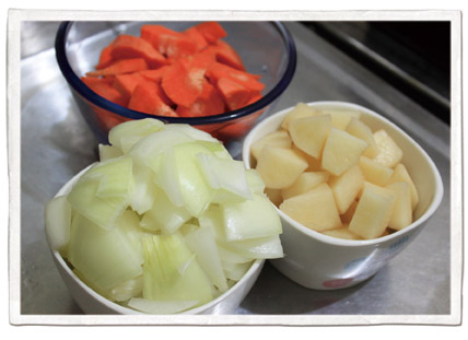 10月食譜-馬鈴薯燉肉09.jpg