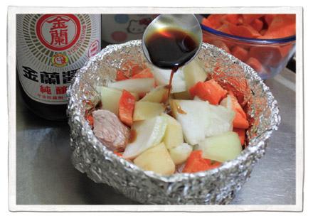 10月食譜-馬鈴薯燉肉11.jpg