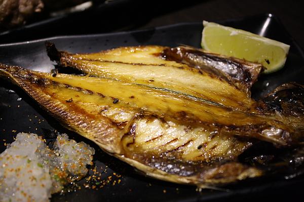 竹莢魚一夜干150.jpg
