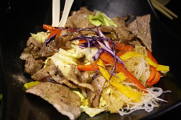松板燒肉沙拉200.jpg