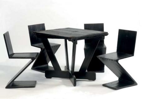 4 Zig-Zag Chairs