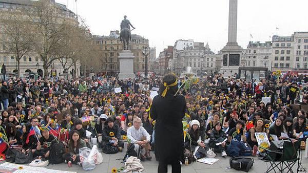 140330160621_protest_speaker_624x351_bbc
