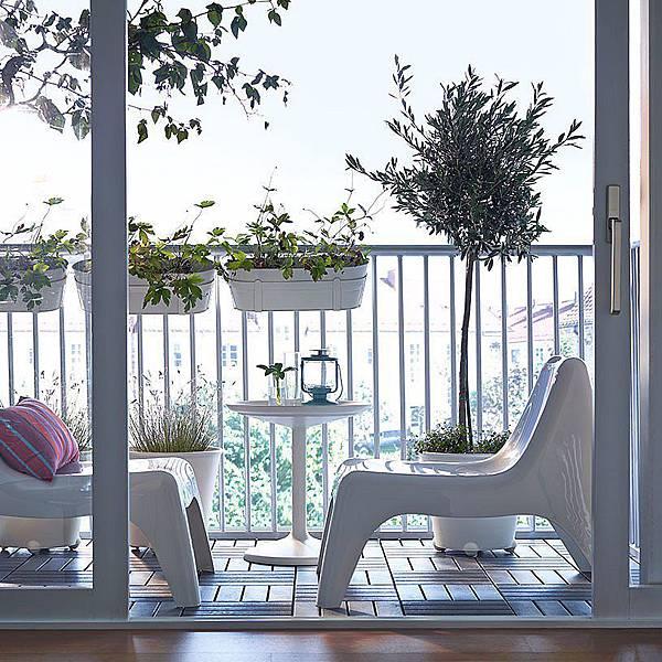 adaymag-8-stylish-balcony-updates-that-start-at-ikea-08