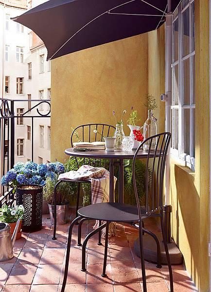 adaymag-8-stylish-balcony-updates-that-start-at-ikea-04
