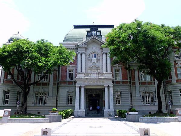 800px-國立台灣文學館