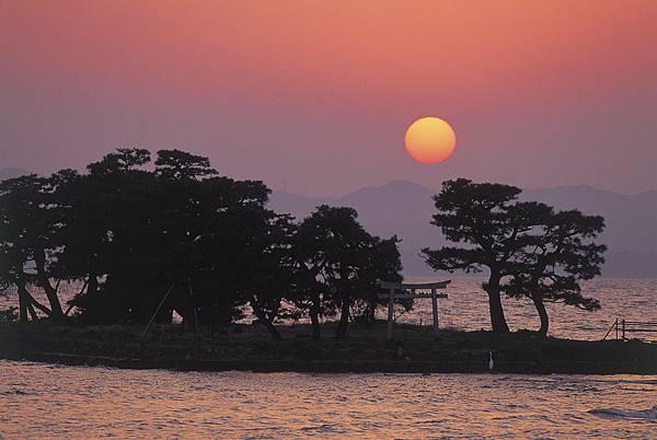 Yomegashima Island – 嫁ヶ島