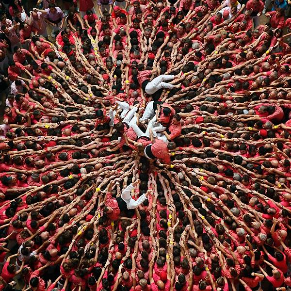 human-tower-competition-spain
