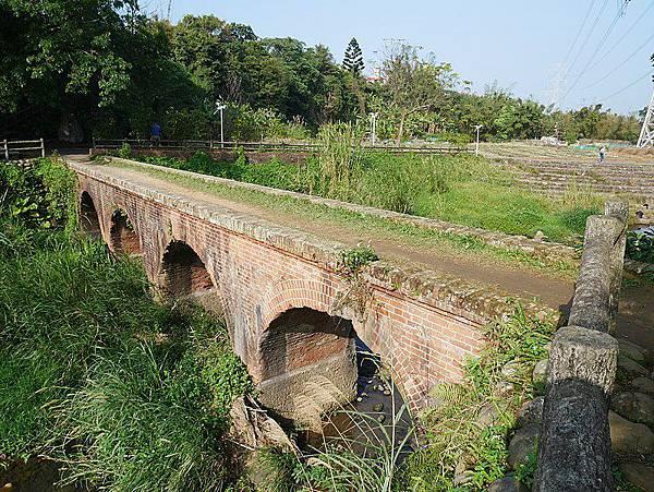 799px-大平紅橋