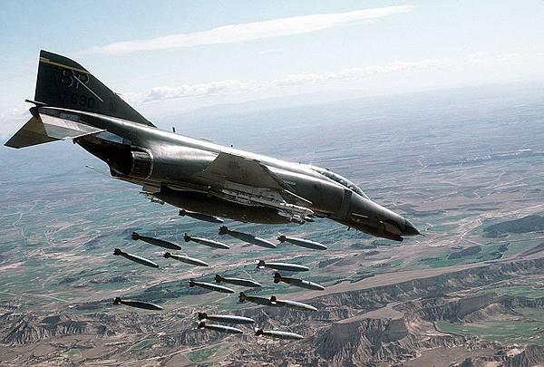 800px-F-4E-81st-tfs