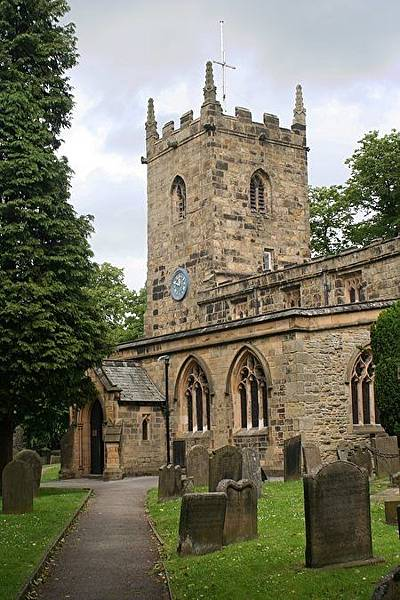 Eyam_Parish_Church_2-450x675
