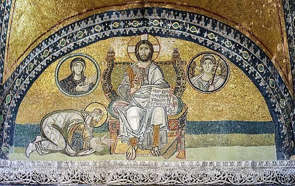 800px-Hagia_Sophia_Imperial_Gate_mosaic_2