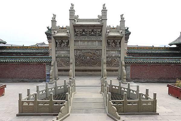 800px-Lingshi_Jingsheng_Wenmiao_2013.08.24_12-46-10