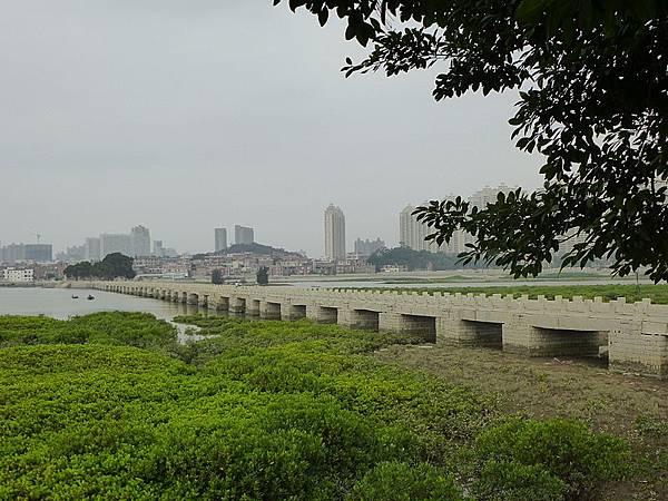 800px-Luoyang_Bridge