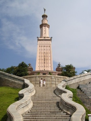 Lighthouse_of_Alexandria_in_Changsha_China