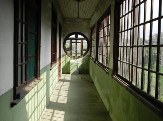 鐵砧山腳-黃宅走廊.bmp