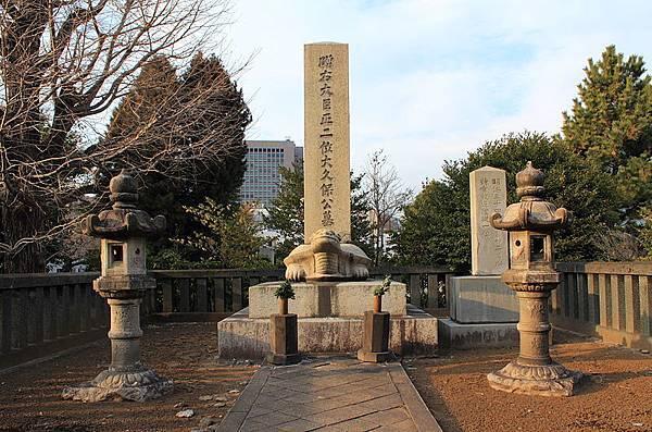800px-Toshimichi_Okubo_in_the_Aoyama_Cemetery