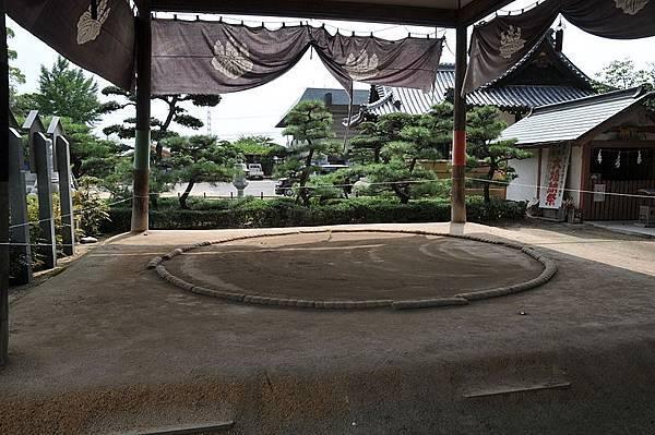 800px-Tamura_Jinja,_Takamatsu_05