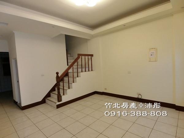 ★竹北光明庭院5房美透天★