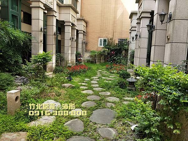 ★竹北成功國中/興隆學區。超稀有美別墅★