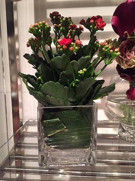 杯子裡的花.jpg