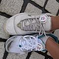髒髒濕濕的鞋