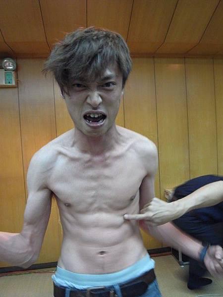 筋肉人小何