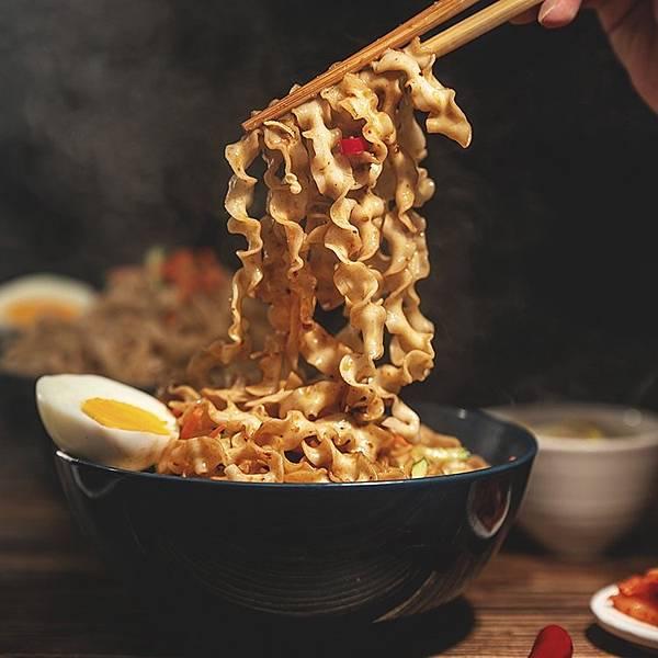 一筷子拌醬麵.jpg