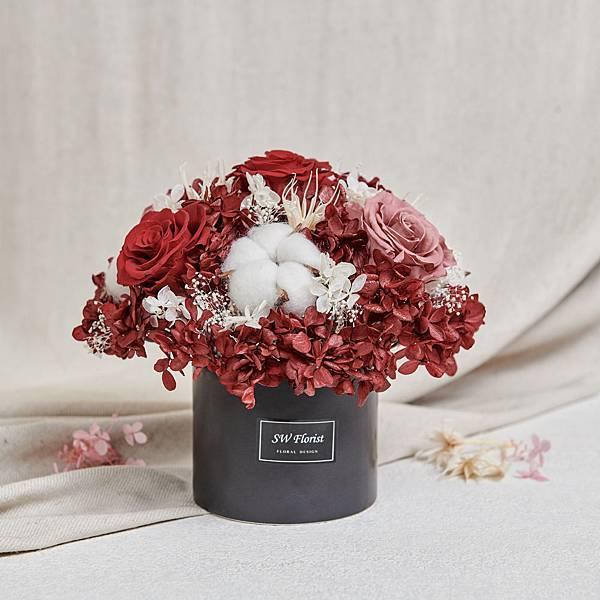 經典款不凋花桌花 永生花 乾燥花 桌花設計 酒紅 圓形 大型桌花 黑盆