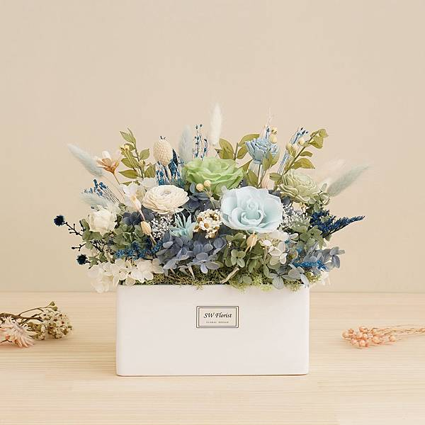 淺藍色天藍色 寧靜湖畔永生花盆栽 乾燥花盆栽 桌花設計 大型桌花