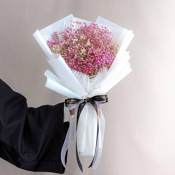 年輕人的最愛 白色包裝粉色滿天星乾燥花束 情人節花束 畢業花束 大型花束