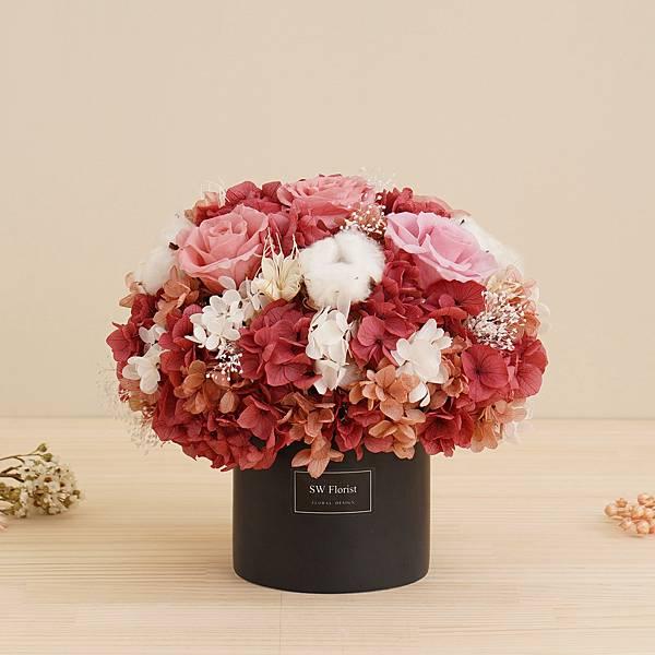 經典款不凋花桌花 永生花 乾燥花 桌花設計 紅粉知己 圓形 大型桌花 黑盆