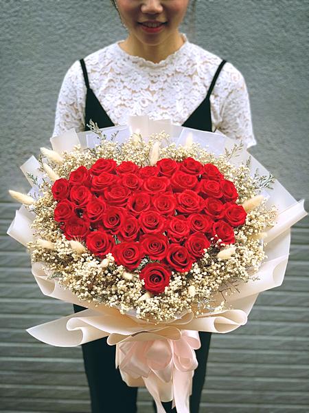 36朵永生玫瑰花束