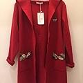 紅外套.jpg