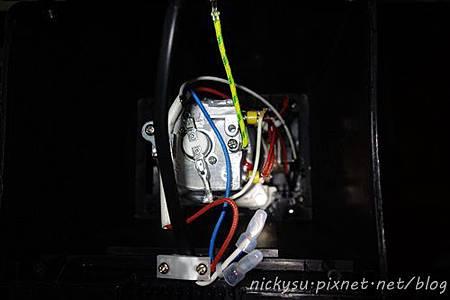 DSC03567底蓋拆開-pixnet