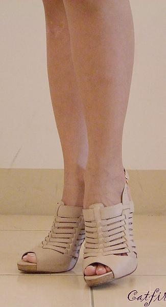 鞋Q76209-1102白(2).JPG