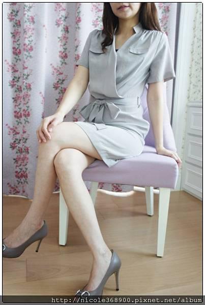 韓版氣質綁帶洋裝售1280元