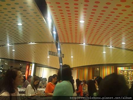 展場--其實主要是想拍天花板的布置