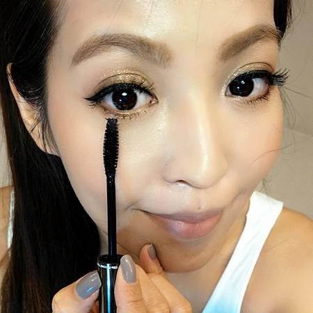 Step.2眼妝-睫毛膏