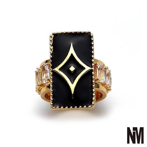 菱形環繞水晶金戒指