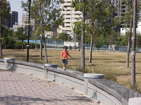 高鐵水圳森林公園